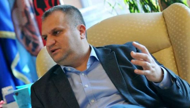 Ahmeti thotë se vdekja e Deharit është përgjegjësi e rëndë ligjore e politike