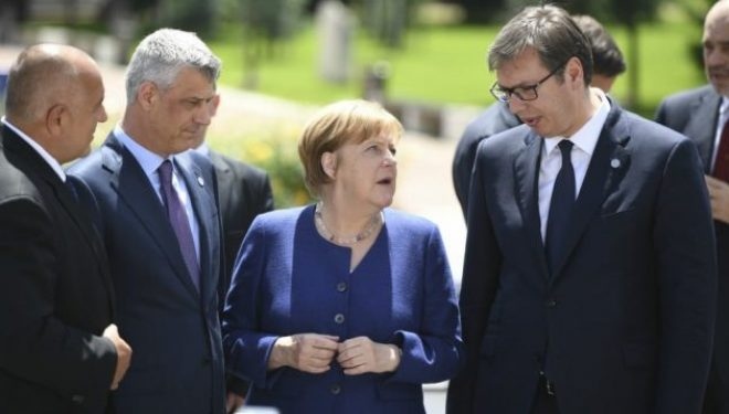 Merkel: Gjermania i do Serbinë e Kosovën në BE