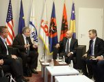 Mustafa takoi Ambasadorin e Francës, Didier Chabert