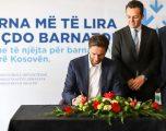 Ministri Ismaili nënshkruan Udhëzimin Administrativ që ulë çmimet e barnave në Kosovë