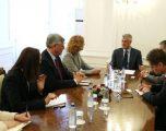 Thaçi takon Falatkon e Kosnettin, thotë se lufta ndaj krimit të organizuar do të vazhdojë