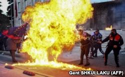 Protestat e dhunshme në Tiranë, 11 maj