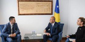 """Ramush Haradinaj premton """"shpëtimin"""" e Telekomit, përmend edhe Z Mobile"""
