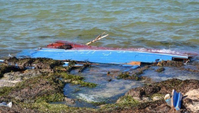 Tragjedi në Mesdhe, fundoset barka me emigrantë, 50 të vdekur