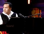 """22-vjeçari i verbër dhe me autizëm përloti dhe ngriti në këmbë jurinë e """"America's Got Talent"""""""