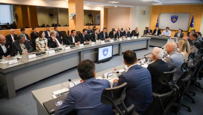 Haradinaj: Qeveria e pa kompromis në luftën kundër informalitetit