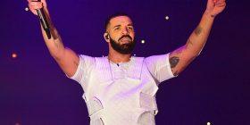 Drake hedh në ankand fletoren e teksteve të tij, që daton prej vitit 2000