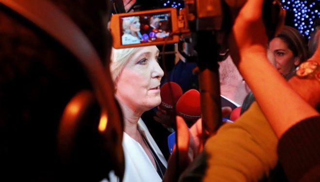 Pjesëmarrje historike për PE-në, ekstremistët ngjiten të udhëhequr nga Le Pen