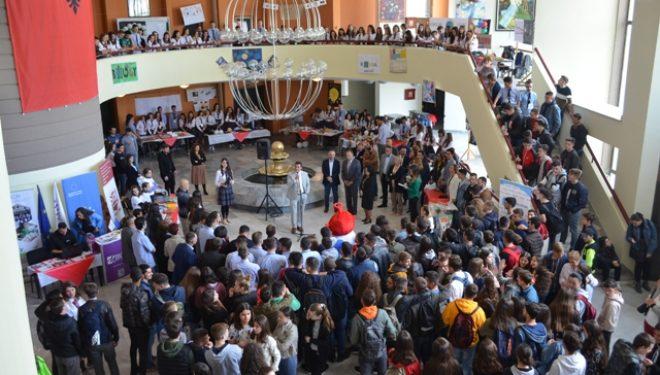 Në Mitrovicë hapet Panairi i Shkencës dhe Kulturës