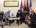 Nënshkruhet memorandumi për ndërtimin e rrugës Junik – Gjeravicë