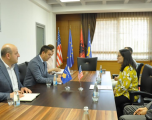 Ministri Bytyqi takon drejtoreshën e USAID-it në Kosovë, Lisa Magno
