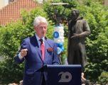 Clinton: NATO fitoi luftën, ju paqen