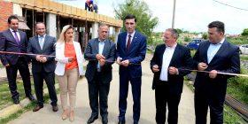Ministri Shala dhe kryetari Begaj përurojnë inkubatorin e bizneseve në Malishevë