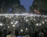 Opozita proteston, Meta shfuqizon datën e zgjedhjeve