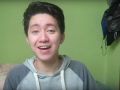 Ylli i YouTube merr atë që meriton pasi u tall me një të pastrehë
