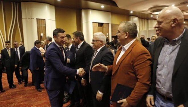 Grabovci thotë se s'ka kush e largon nga PDK'ja përveç ata që e kanë votuar