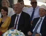Jahjaga dhe Nishani bëhen qytetarë nderi të Vitisë