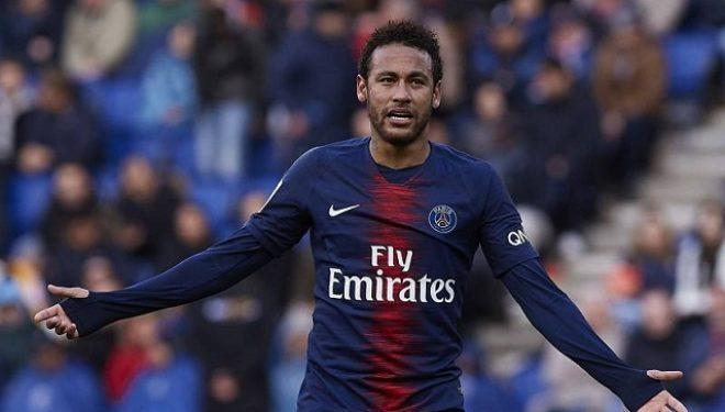 Neymar nuk dëshiron të qëndrojë në PSG