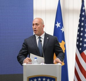 Dorëheqjen e Haradinajt, analistët po e vlerësojnë të qëllimshme dhe për përfitime elektorale