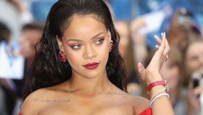 Rihanna tregon format fantastike gjatë një ndeje private në New York