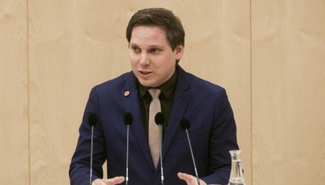 Socialdemokratët e Austrisë: Pa u hequr taksa, s'ka zgjidhje për problemin Kosovë-Serbi