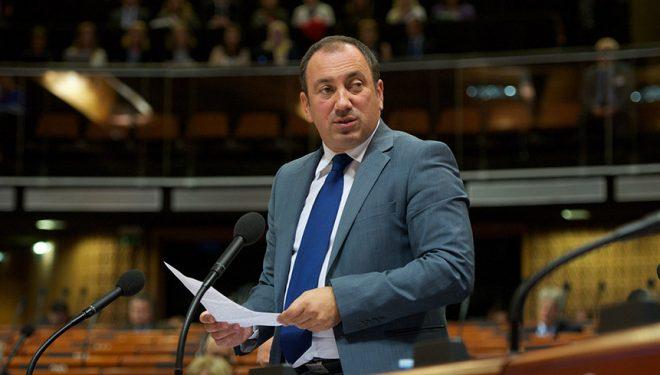 Ministri i Jashtëm i Bosnjës, taksën nga Kosova e konsideron goditje të rëndë