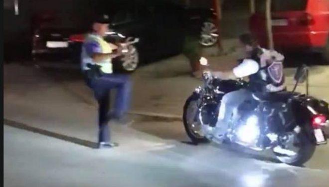 E turpshme, motoçiklistët në Ferizaj nuk iu bindën policit duke injoruar atë!