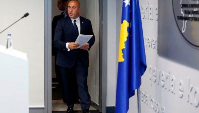 Imponimi për t'i parë sukseset e padukshme, ish-kryeministri Haradinaj nis fushatën në Facebook