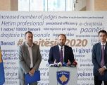 """Ministria e Drejtësisë akuzon VV-në se njerëzit e saj kanë përfituar """"miliona nga monopoli në noteri"""""""