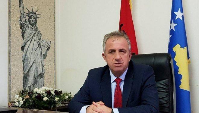 Për shkak të mërgimtarëve, Komuna e Suharekës ndërpret punimet në akset kryesore rrugore