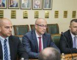 """""""Serbët e Kosovës s'kanë guxim të votojnë kundër Listës Serbe"""""""