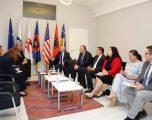 LDK-ja tregon se çfarë ka biseduar në takimin me ambasadorin amerikan Kosnett