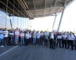 """Punëtorët e Aeroportit """"Adem Jashari"""" heqin dorë nga greva"""