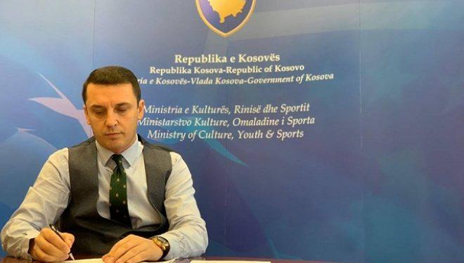 Gashi kërkon nga Komuna e Prishtinës hapësirë për ndërtimin e shtatores së Vokrrit dhe statujës së Kelmendit