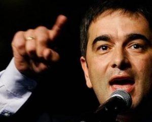 Deputeti opozitar malazez propozon mur në kufijtë me Kosovën e Shqipërinë, reagojnë partitë shqiptare