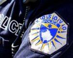 Policia i kap 5 persona në Prishtinë duke tentuar t'i transportonin me 'taxi' dy thasë me drogë