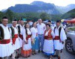 Veseli pjesë e manifestimit në bjeshkët e Vuthajve