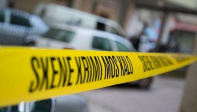Tentuan t'i hyjnë me dhunë në shtëpi, dy vëllezërit e rrahin për vdekje grabitësin në Shtime