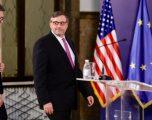 Vuçiqi bisedon me Palmerin, thotë se Serbia angazhohet për një kompromis të qëndrueshëm me Kosovën