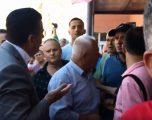 """Agim Bahtiri nuk lejohet ta pres shiritin e shkollës """"Ismail Qemaili"""" (VIDEO)"""