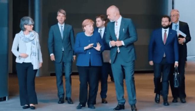 Kancelarja Merkel merr përsipër lobimin për Shqipërinë