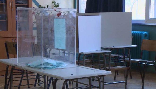 Thirrje për serbët t'i bojkotojnë zgjedhjet në Kosovë