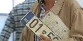 Qytetarit të Ferizajt ia regjistrojnë veturën deri në vitin 3500