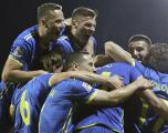 Albin Kurti i jep pëkrahje Kombëtares së Kosovës në futboll