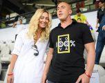 Haradinaj me bashkëshorten në stadium për ta mbështetur Kosovën
