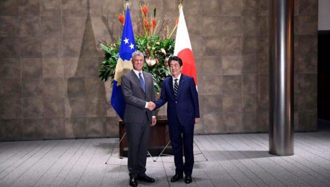 Thaçi takon kryeministrin Abe, konfirmohet hapja e ambasadës së Japonisë vitin e ardhshëm në Prishtinë