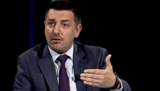 Syla: Pacolli nuk do të merr pjesë në votimin e Osmanit për presidente