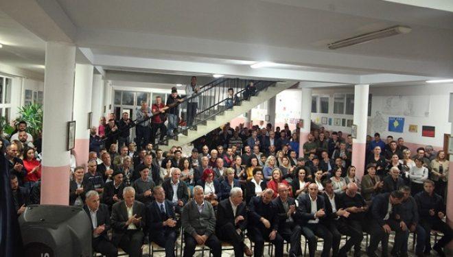 Qindra aktivistë të Cernicës efshatrave përreth mirëpresin pesëshen e LDK'së