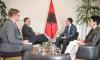 Mosnjohja e simboleve të Kosovës, Vuçiq pyet ambasadorin britanik: Në cilin shtet fitoi Albin Kurti?