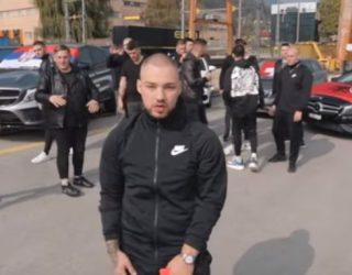 VIDEO/ Këngëtari serb publikon këngën për miqësinë me shqiptarët: Jemi si një familje dhe kjo dihet